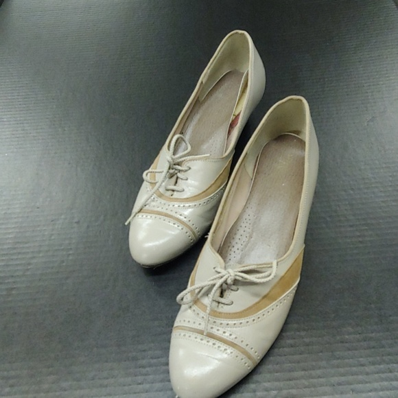 Selby Shoes - VTG Granny Shoes